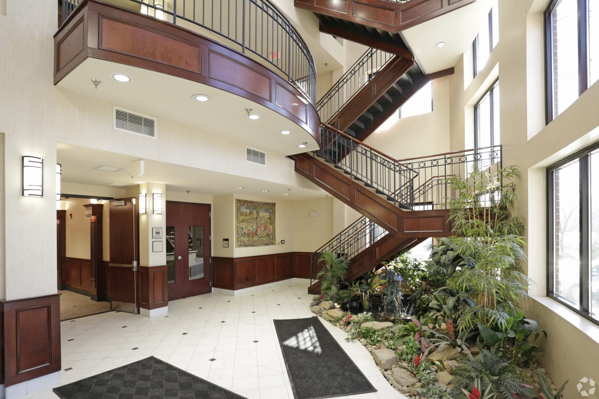 Picture_Blaymore 1 bldg lobby