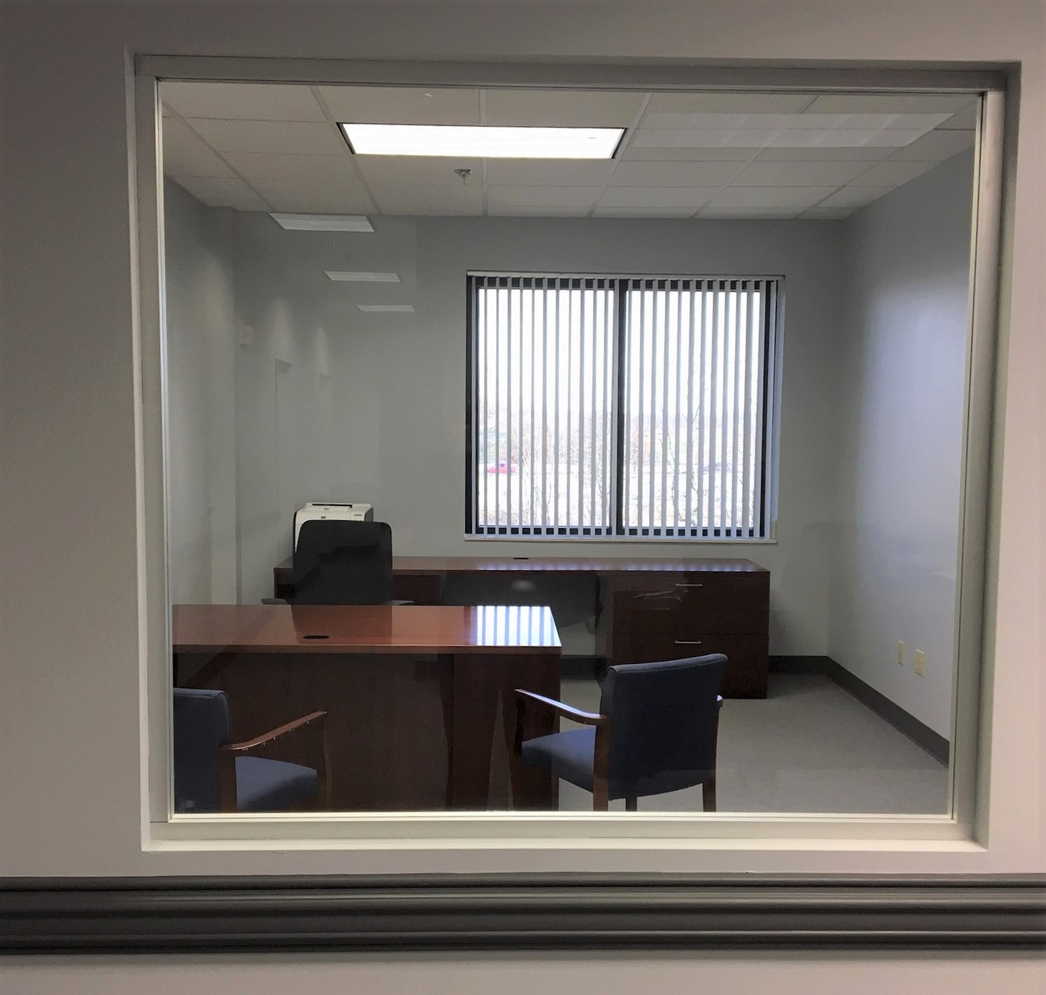 Picture_std office with glass insert_final